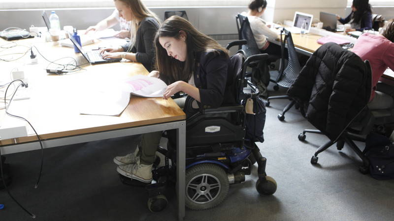 Disability_Access_9008_800x450_16-9_sRGBe