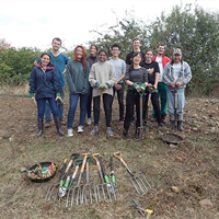 Volunteer-Gardener-Group-Photo-1-1
